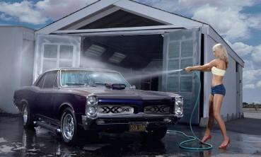 Laver sa voiture à la main