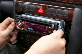 Les autoradios deviennent high–tech