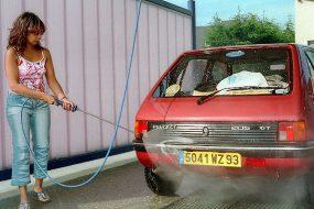 Des astuces pour laver sa voiture comme un pro